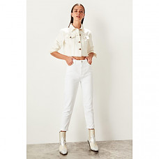Trendyol White High Waist Mom Jeans Casual Skinny Denim Pencil Pants TWOSS19LR0246